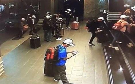 Ngăn khách bỏ trốn khi đi du lịch nước ngoài, hướng dẫn viên sẽ phải có... nghiệp vụ cảnh sát