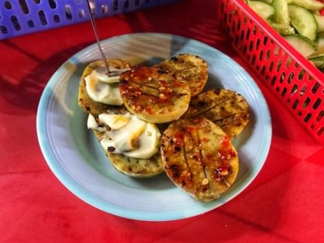 Ngon bất ngờ với những phiên bản mới lạ của món hột gà nướng ở Sài Gòn