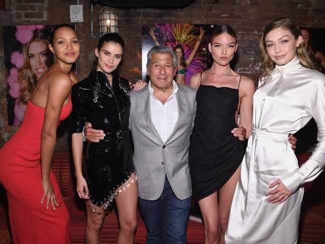 Victoria's Secret co the huy show vi nguoi mau chuyen gioi