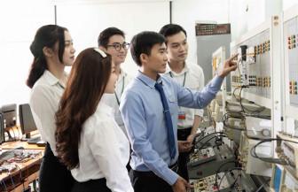 Trường ĐH Nguyễn Tất Thành: nhóm ngành y dược dẫn đầu, ĐH Văn Hiến: điểm chuẩn từ 15-18