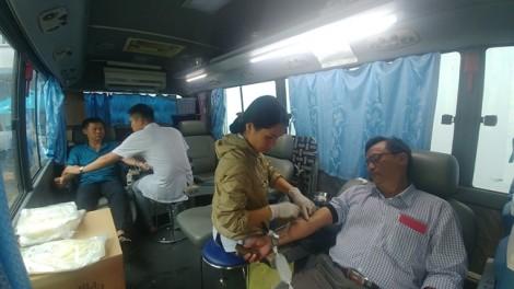 121 đơn vị máu được hiến tặng