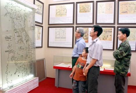 Trung Quốc bịa đặt lịch sử trong bộ sách giáo khoa mới