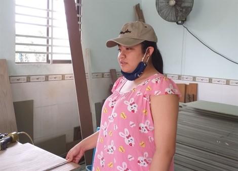 Nữ sinh lớp Chín gửi mùa hè nơi xưởng mộc