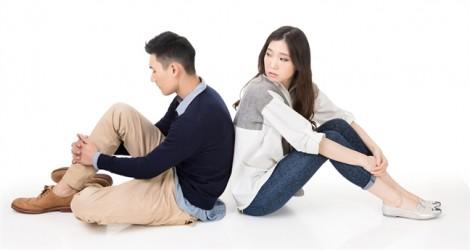 Còn yêu nhưng đành chia tay chồng song tính