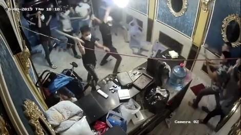 Giang hồ lộng hành, đập phá nhà hàng ở trung tâm Sài Gòn của cô chủ 8x vừa sinh con