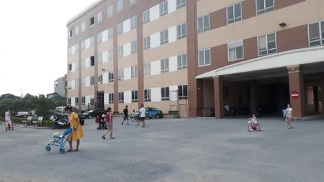 Kẻ biến thái bám đuổi bé gái từ ngoài đường vào chung cư để sàm sỡ