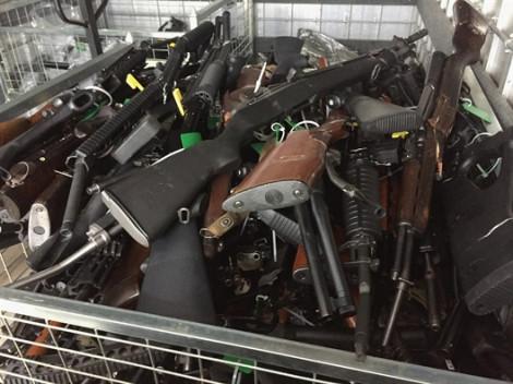Người dân New Zealand giao nộp hơn 11.000 khẩu súng trong vòng một tháng