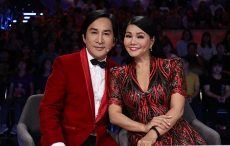 Clip: NSƯT Kim Tử Long 'cãi tay đôi' với Ngọc Huyền từ sân khấu đến hậu trường