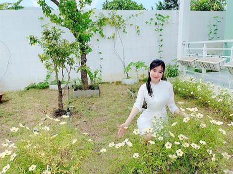 Vườn rau mát mắt của bà mẹ hai con Elly Trần