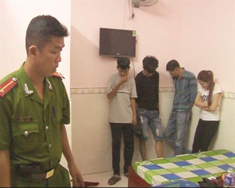 Sử dụng ma túy với nhóm bạn, cựu đội trưởng cảnh sát hình sự bị bắt