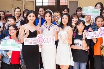 Các ban tổ chức thi hoa hậu  không còn chờ thí sinh