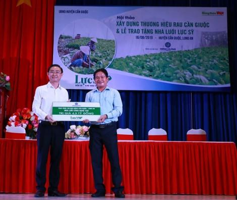 Minh Hưng Group hỗ trợ nhà nông phát triển trồng rau ứng dụng công nghệ cao