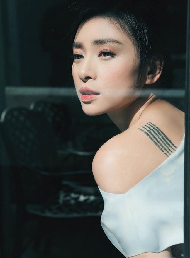 Ngo Thanh Van, tu ca si thi truong den dien vien va dao dien