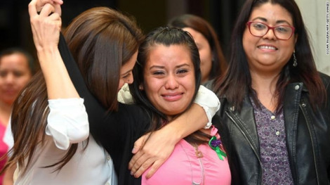 Tha bổng người phụ nữ nghi tự giết con mình