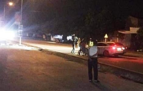 Cảnh sát giao thông bị đánh nhập viện khi đo nồng độ cồn