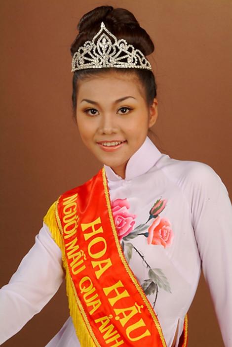 Thanh Hằng - nàng hậu vụt sáng thành ngôi sao giải trí