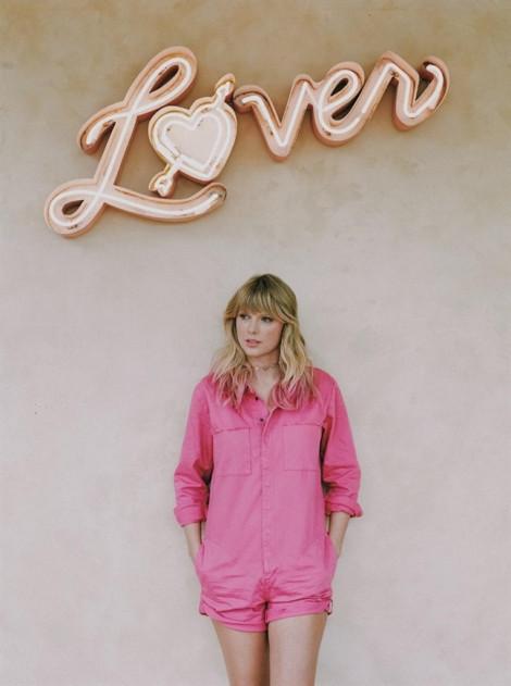 Duy nhất trên Spotify: playlist 'Love, Taylor: The Lover Enhanced Album', chào đón album phòng thu thứ 7 của biểu tượng pop toàn cầu Taylor Swift