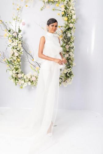 Mỹ nhân V-biz đọ sắc với váy cưới
