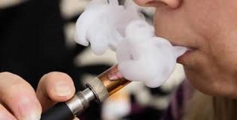 Tử vong vì bệnh phổi sau nhiều năm hút thuốc lá điện tử