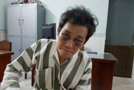 Gã đàn ông 'nựng' bé gái 7 tuổi lãnh án 2 năm tù