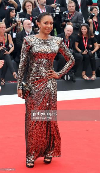 Thảm đỏ LHP Venice 2019: Đầm váy an toàn, lối trang điểm tự nhiên lên ngôi