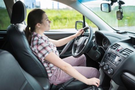 Đàn ông, đàn bà và xe hơi