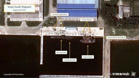 Triều Tiên có thể đã chế tạo thành công tàu ngầm tên lửa