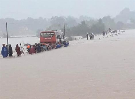 Hàng ngàn học sinh Thanh Hóa  phải nghỉ học vì ngập lụt