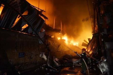 Vì sao Công ty Rạng Đông khẳng định khí thải từ đám cháy không ảnh hưởng sức khỏe người dân?