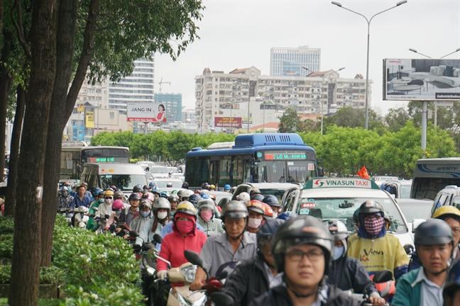 Duong Sai Gon ket cung trong ngay lam viec dau tien sau le 2/9