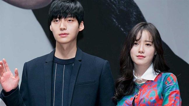 Goo Hye Sun-Ahn Jae Hyun chua ly hon vi chua chia duoc... con meo