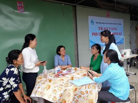 10 chị em được tặng phương tiện làm ăn