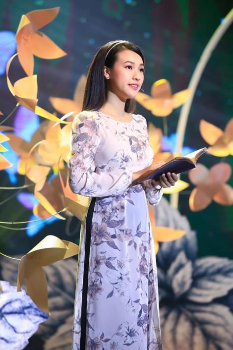 Á hậu Hoàng Oanh kể chuyện bị quỵt tiền