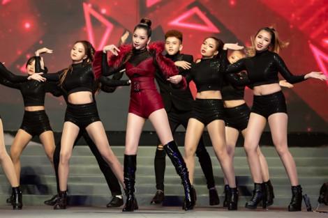 Loạt nghệ sĩ Việt rút khỏi danh sách đề cử, fan Hàn Quốc tẩy chay giải Nghệ sĩ châu Á vì 'hút máu'