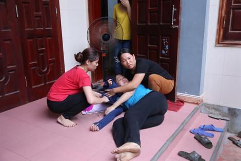 Vụ chìm tàu ở Quảng Bình: em gái 'sốc', tử vong khi nghe tin anh trai gặp nạn