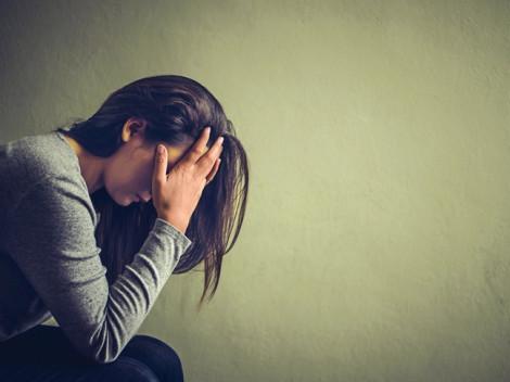 Chồng ngoại tình, vợ muốn ly hôn thì phát hiện ung thư vú