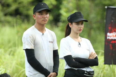 Fan 'phím chiến' vì Trương Quỳnh Anh và Phương Oanh cãi nhau như... đi chợ