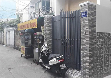 Khởi tố người phụ nữ tạt dầu sôi vào hàng xóm vì mâu thuẫn chuyện dựng xe