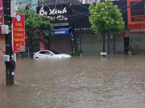 Thái Nguyên chìm trong biển nước