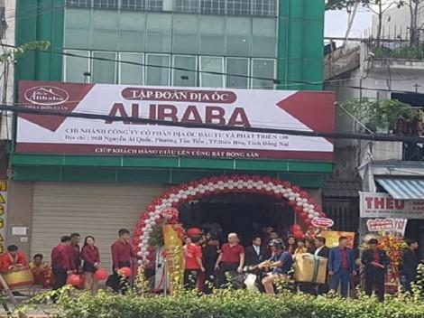 Đề nghị tháo dỡ biển hiệu Tập đoàn địa ốc Alibaba trong vòng 10 ngày
