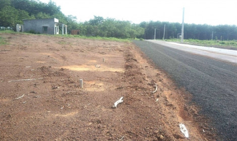 Lo phá vỡ quy hoạch, Bình Phước tạm dừng tiếp nhận hồ sơ tách thửa đất