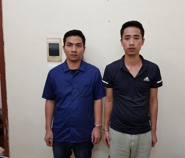 Bat 2 doi tuong trong vu gui 'bom thu' tai khu do thi Linh Dam