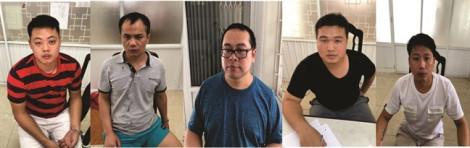 Khen thưởng công an trong vụ bắt nhóm người Trung Quốc sản xuất clip sex
