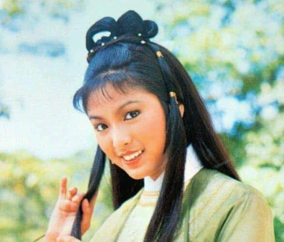 'Quach Tinh' Bach Buu va 'Hoang Dung' Me Tuyet tai ngo: Nhan sac thay doi ro ret sau hon 40 nam