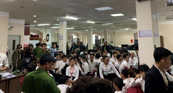 Trieu tap vo, em trai Nguyen Thai Luyen va hang chuc giam doc chi nhanh Alibaba