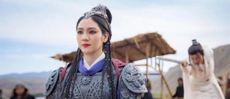 Hồng Hân trở lại đóng phim, Trương Đan Phong 'lén' mua quà lấy lòng vợ