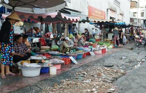 Clip chợ lề đường Cô Giang trước ngày giải tỏa