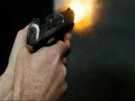Nổ súng vì tranh chấp đất khiến một người bị thương