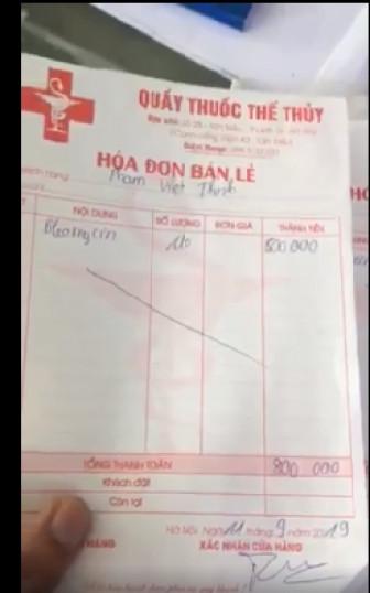Bệnh nhân ung thư bị đánh chảy máu khi đi mua thuốc đòi hóa đơn