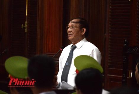 Chủ tọa phiên toà VN Pharma: Các bị cáo không phải bị truy tố tội buôn bán thuốc giả